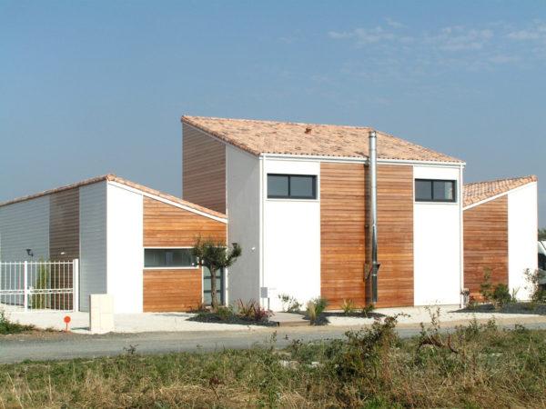 Maison en bois réalisée par l'architecte Nathalie Lambert