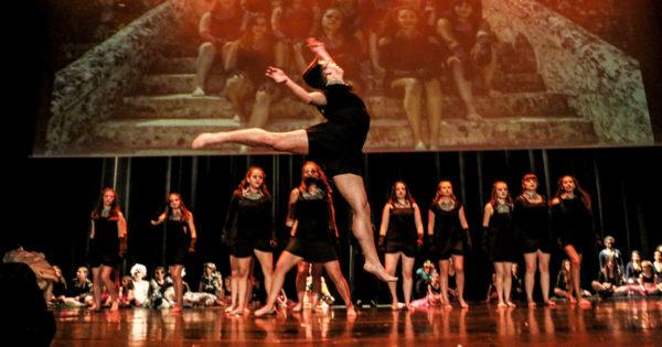 Spectacle de l'US Danse à Saintes