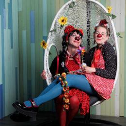Duo de clown au studio souchon à Saintes